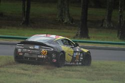 #99 Automatic Racing Aston Martin Vantage GT4: Rob Ecklin, Al Carter, spins