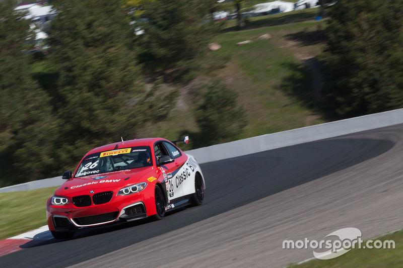 #26 Classic BMW BMW M235iR: Toby Grahovec
