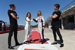 Carlotta Fedeli, B.D. Racing Motorsport, SEAT León TCR and Alessandra Neri, B.D. Racing Motorsport, SEAT León Cup Racer with grid boys