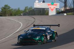 #4 Aston Martin Vantage V6 GT3: Jorge De La Torre, Lars Viljoen