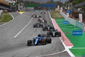 Fernando Alonso, Alpine A521, Lance Stroll, Aston Martin AMR21, Sebastian Vettel, Aston Martin AMR21, Pierre Gasly, AlphaTauri AT02