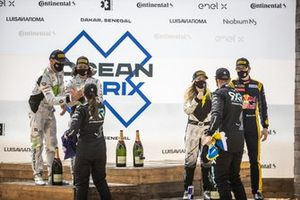 Jamie Chadwick, Stephane Sarrazin, Veloce Racing congratulate Molly Taylor, Johan Kristoffersson, Rosberg X Racing along with Mikaela Ahlin-Kottulinsky, Kevin Hansen, JBXE Extreme-E Team