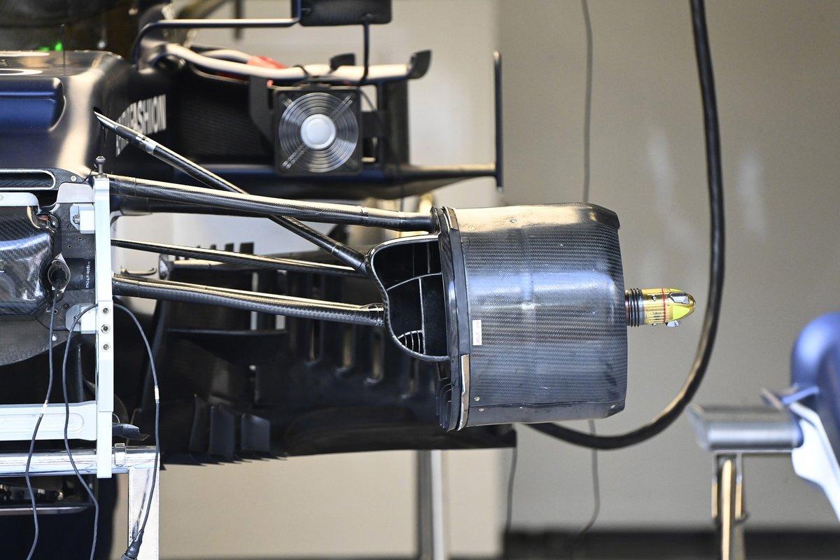 Detalle del tambor de freno delantero AlphaTauri AT02