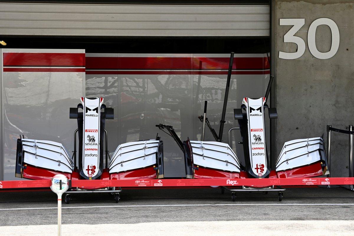 Comparación de la capa delantera y el alerón del Alfa Romeo Racing C41