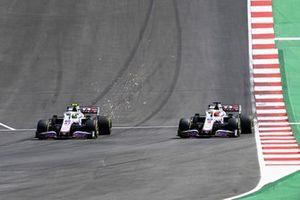Mick Schumacher, Haas VF-21, lotta con Nikita Mazepin, Haas VF-21