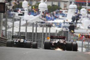 Nicholas Latifi, Williams FW43B, Kimi Raikkonen, Alfa Romeo Racing C41