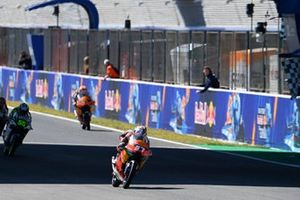 Pedro Acosta, Red Bull KTM Ajo chequered flag