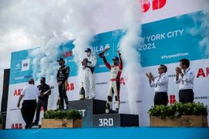 Podium: 1. Maximilian Günther. 2. Jean-Eric Vergne, 3. Lucas Di Grassi, mit Michael Andretti, Alejandro Agag, Alberto Longo