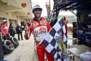 Le vainqueur Chase Elliott, Hendrick Motorsports, Chevrolet Camaro LLumar
