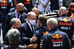 Prince Albert II of Monaco and Christian Horner, Team Principal, Red Bull Racing, on the grid