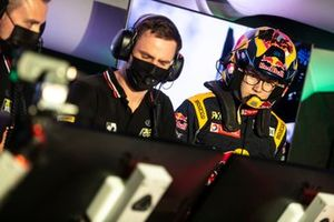 Kevin Hansen, JBXE Extreme-E Team, in the command centre