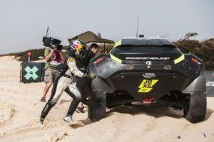 Mikaela Ahlin-Kottulinsky, Kevin Hansen, JBXE Extreme-E Team