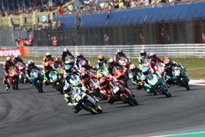 Romano Fenati, Max Racing Team, mène au départ