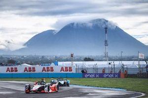 Rene Rast, Audi Sport ABT Schaeffler, Audi e-tron FE07, Sam Bird, Jaguar Racing, Jaguar I-TYPE 5