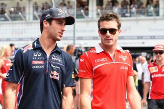 Daniel Ricciardo, Red Bull Racing, en Jules Bianchi, Marussia F1 Team