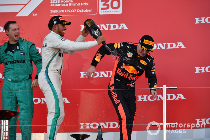 Matt Deane, Mercedes AMG F1, Lewis Hamilton, Mercedes AMG F1 y Max Verstappen, Red Bull Racing