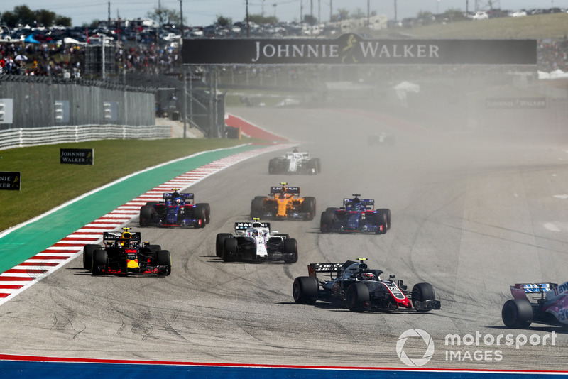 Kevin Magnussen, Haas F1 Team VF-18, Max Verstappen, Red Bull Racing RB14, Sergey Sirotkin, Williams FW41, Brendon Hartley, Toro Rosso STR13, Pierre Gasly, Scuderia Toro Rosso STR13, Stoffel Vandoorne, McLaren MCL33, y el resto
