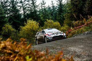 Яри-Матти Латвала и Миикка Анттила, Toyota Yaris WRC, Toyota Gazoo Racing WRC