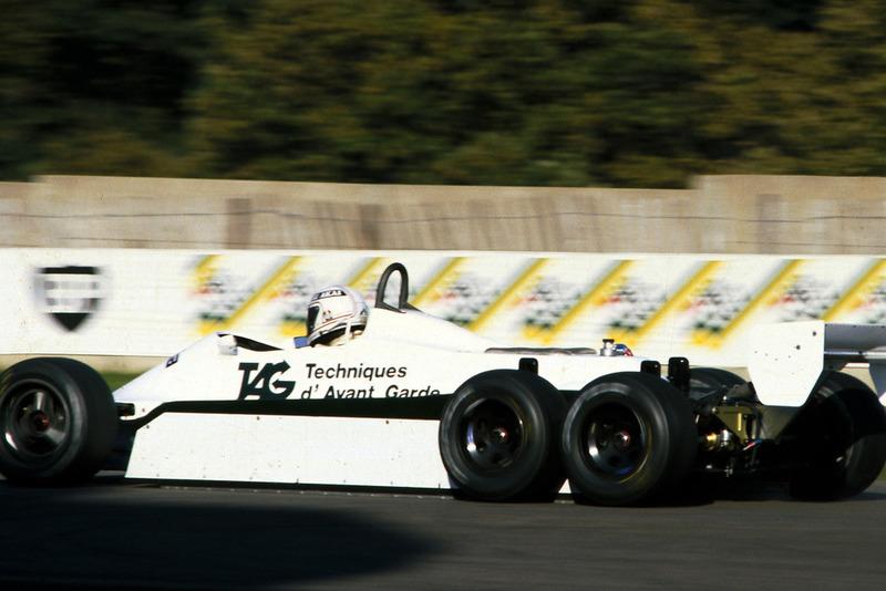 Alan Jones, 6 ruedas Williams FW07D