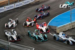Edoardo Mortara, Venturi Formula E, Venturi VFE05, Nelson Piquet Jr., Panasonic Jaguar Racing, Jaguar I-Type 3, Oliver Rowland, Nissan e.Dams, Nissan IMO1