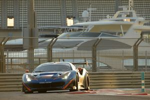 #77 Kessel Racing Ferrari 488 GT3: Claudio Schiavoni, Sergio Pianezzola, Andrea Piccini