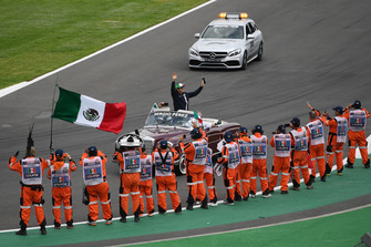 Sergio Perez, Racing Point Force India on the drivers parade and marshals