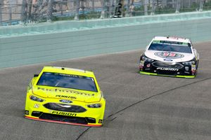 Ryan Blaney, Team Penske, Ford Fusion Menards/Richmond and Kevin Harvick, Stewart-Haas Racing, Ford Fusion Jimmy John's
