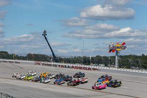 Scott Lagasse Jr., On Point Motorsports, Toyota Tundra Strutmasters.com