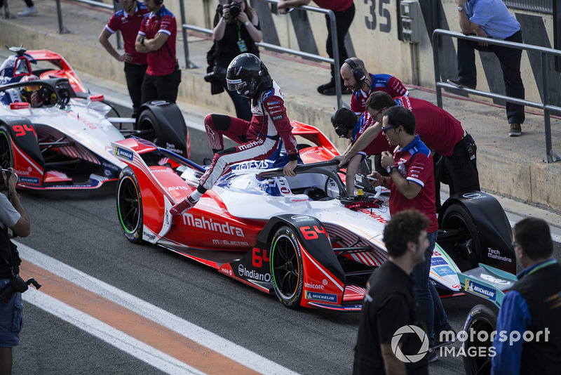 Jérôme d'Ambrosio, Mahindra Racing, M5 Electro exits his car