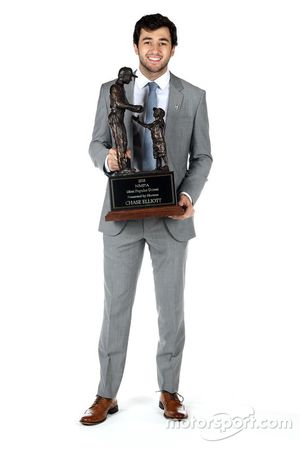 Chase Elliott, Hendrick Motorsports with his most popular driver award