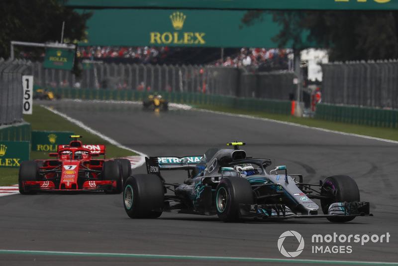 Valtteri Bottas, Mercedes AMG F1 W09 EQ Power+ and Kimi Raikkonen, Ferrari SF71H