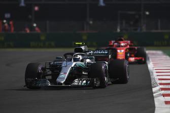 Valtteri Bottas, Mercedes AMG F1 W09 EQ Power+ and Sebastian Vettel, Ferrari SF71H