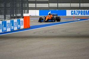 Daniel Ricciardo, McLaren MCL35M, enters the pits