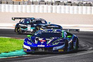 #163 Emil Frey Racing Lamborghini Huracan GT3 Evo: Norbert Siedler, Albert Costa