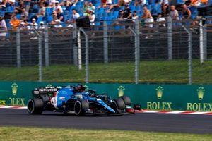 Fernando Alonso, Alpine A521, battles with Lewis Hamilton, Mercedes W12