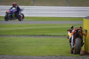 La moto de Marc Marquez, Repsol Honda Team, après sa chute
