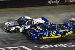 John Hunter Nemechek, Kyle Busch Motorsports, Toyota Tundra Mobil 1, Todd Gilliland, Front Row Motorsports, Ford F-150 Speedco