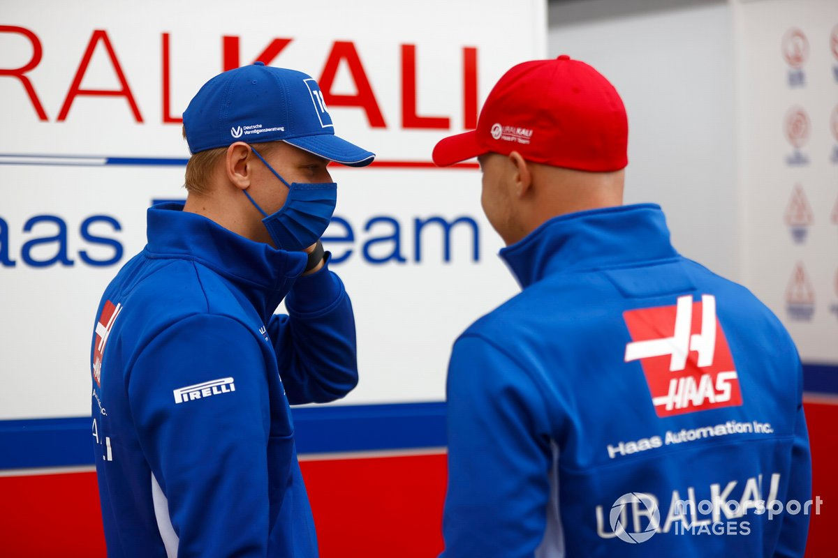 Mick Schumacher, Haas F1 Nikita Mazepin, Haas F1