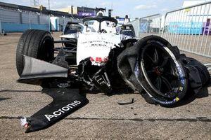 The crashed car of Edoardo Mortara, Venturi Racing, Mercedes-Benz EQ Silver Arrow 02