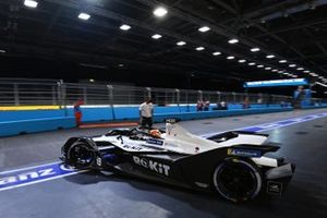 Edoardo Mortara, Venturi Racing, Silver Arrow 02, leaves the garage