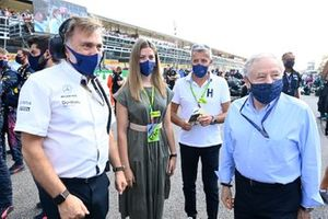 Jost Capito, CEO, Williams, and Jean Todt, President, FIA, on the grid