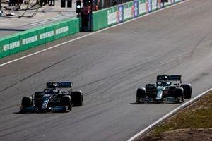 Valtteri Bottas, Mercedes W12, Lance Stroll, Aston Martin AMR21
