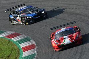#21 AF Corse, Ferrari 488 GT3 Evo: Simon Mann, Matteo Cressoni e #7 Ceccato Motors Racing-BMW Team Italia, BMW M6 GT3: Stefano Comandini, Marius Zug,