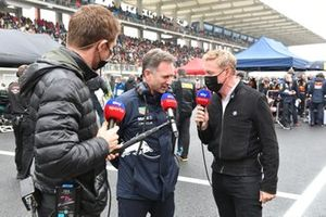 Christian Horner, Team Principal, Red Bull Racing, is interviewed on the grid by Paul di Resta and Simon Lazenby, Sky TV