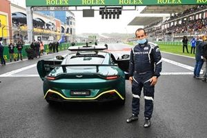 Ignazio Sanzone op de grid met de safety car