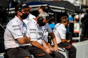Felix Rosenqvist, Arrow McLaren SP Chevrolet miembros del equiopo