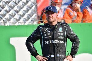 Valtteri Bottas, Mercedes, 1st position, in Parc Ferme after Sprint Qualifying