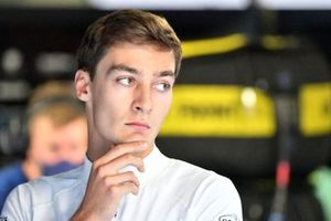 George Russell, Williams, in the garage
