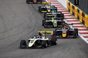 Max Fewtrell, ART Grand Prix en Yuki Tsunoda, Jenzer Motorsport