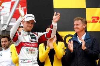 Подиум: обладатель третьего места Нико Мюллер, Audi Sport Team Abt Sportsline